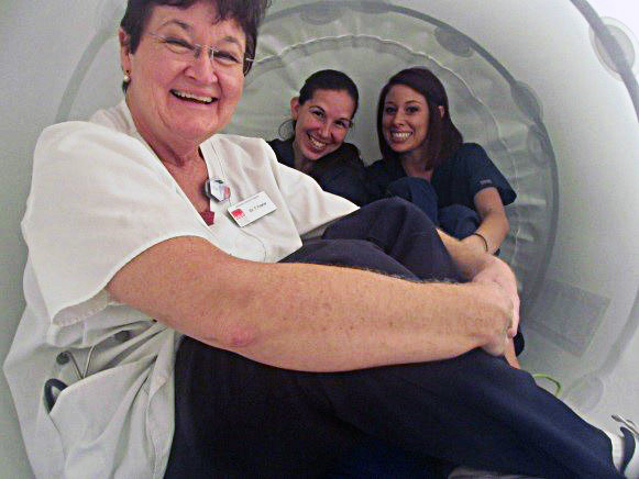Dr. Fowler Testing Pet Hyperbaric Chamber - Jeffersion Animal Hospitals